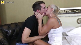 Skinny old granny fucking and sucking juveniles